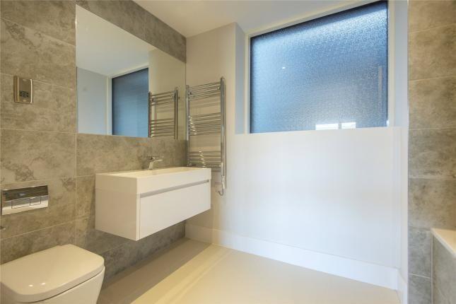 Bathroom of Downham Road, London N1