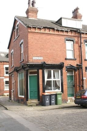 Thumbnail Property to rent in Granby Avenue, Headingley, Leeds