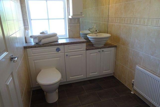 En Suite of Dinwoodie Lodge Park Johnstonebridge, Lockerbie, Dumfriesshire. DG11