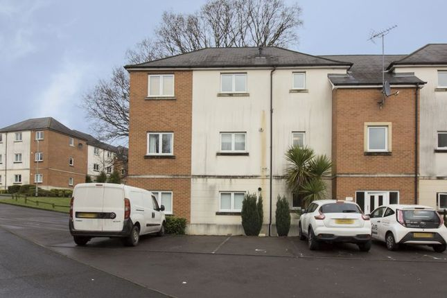 2 bed flat to rent in Golden Mile View, Newport