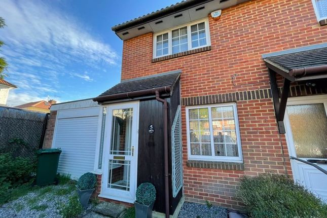 Thumbnail Property to rent in Brearly Close, Pavilion Way, Edgware