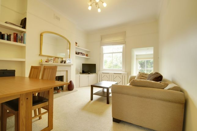 Flat to rent in Arlington Gardens, Chiswick