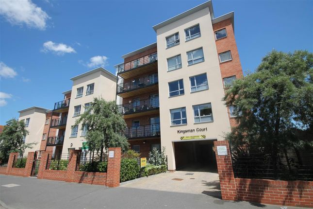 Thumbnail Flat for sale in Carnarvon Road, Clacton-On-Sea