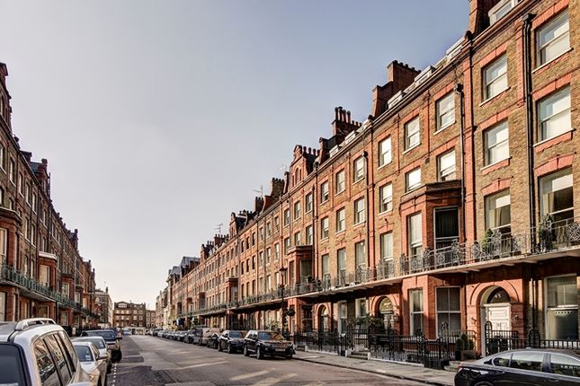 Street View of Nottingham Place, London W1U