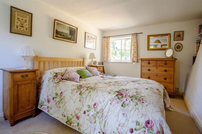 Bed 2 of Bryne Lane, Padbury, Buckingham, Buckinghamshire MK18