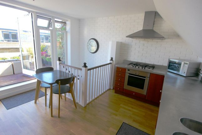 Thumbnail Town house to rent in Gloucester Yard, Gloucester Road, Brighton