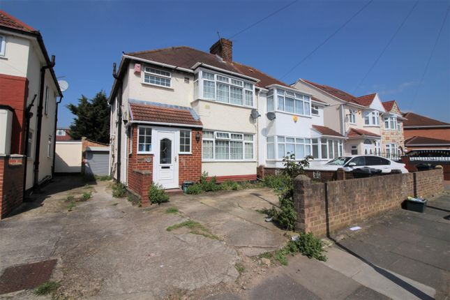 Thumbnail Terraced house to rent in Munster Avenue, Hounslow