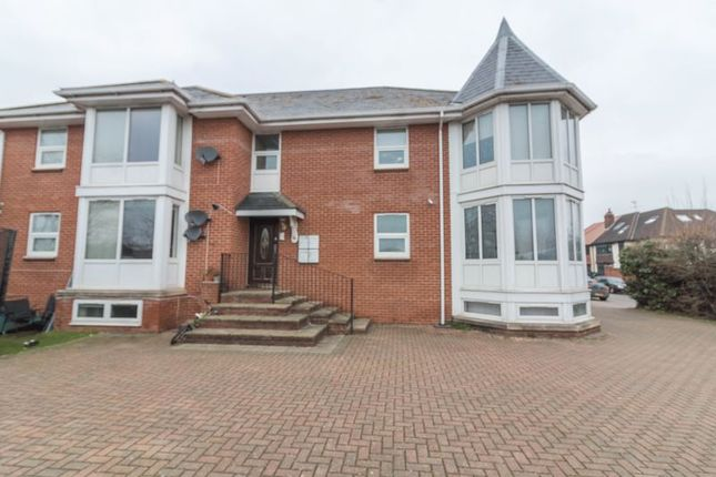 Thumbnail Flat for sale in Manor View, Manor Road, Chigwell