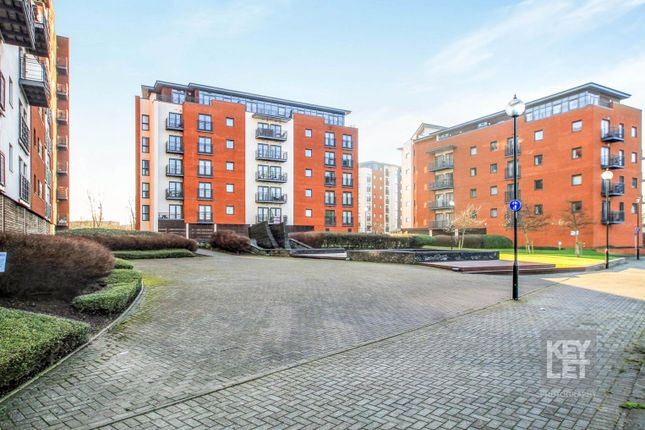 Thumbnail Flat for sale in Galleon Way, Cardiff
