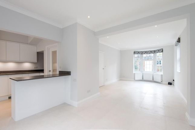 Thumbnail Property to rent in Fairfax Place, London