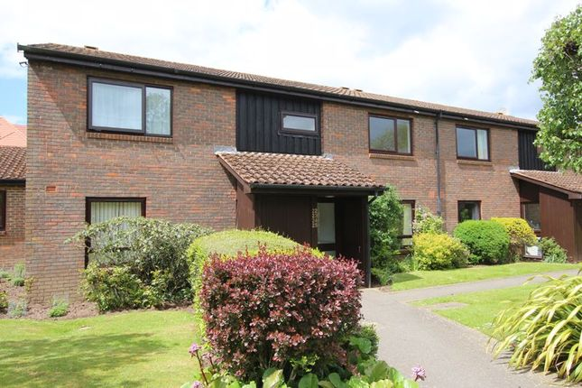 1 bed property for sale in Loxford Court, Elmbridge Village, Cranleigh GU6