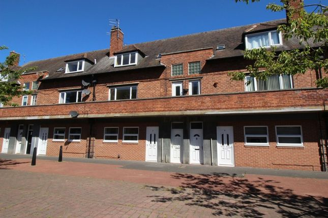 Thumbnail Flat for sale in A Oaktree Gardens, Whitley Bay