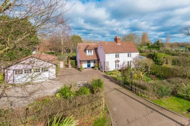 Thumbnail Detached house for sale in Ashwells Cottage, Ashwells Road, Bentley, Brentwood