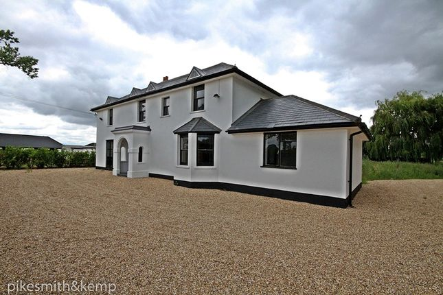 Thumbnail Detached house for sale in Winkfield, Windsor