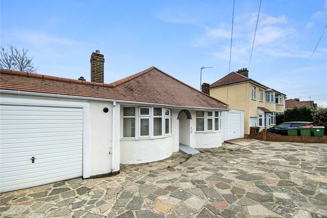 4 bed bungalow to rent in Heversham Road, Bexleyheath DA7