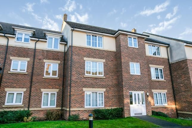 Thumbnail Flat for sale in The Hawthorns, Flitwick, Beds, Bedfordshire