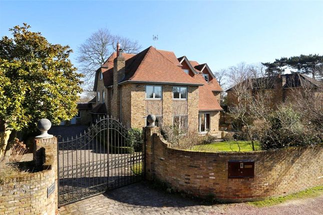 Thumbnail Detached house for sale in Westside Common, Wimbledon