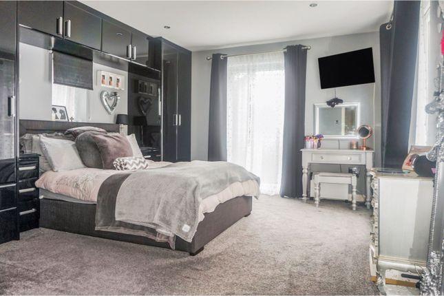 Bedroom Five of Midgeland Road, Blackpool FY4