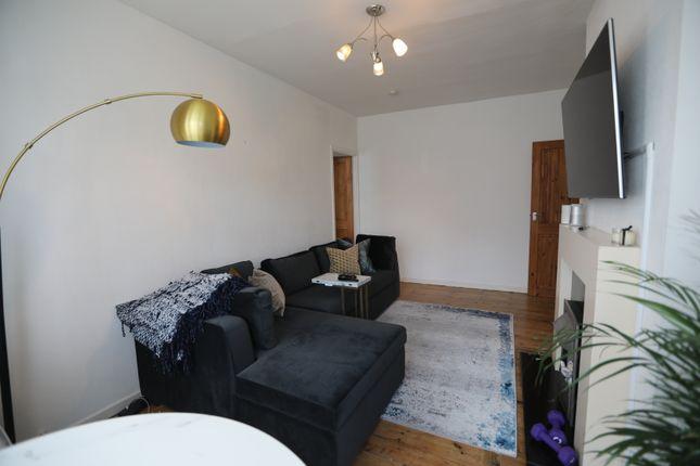 Thumbnail Flat to rent in Whitton Road, Twickenham