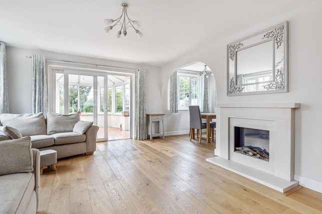 Thumbnail Detached house for sale in Headley, Berkshire