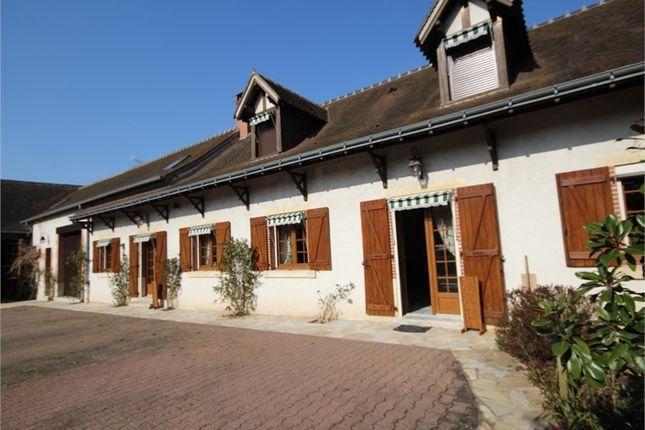 Thumbnail Property for sale in Auvergne, Allier, Villebret