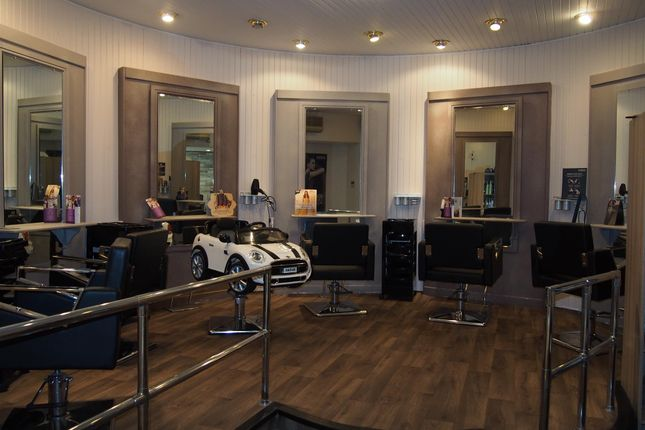 Retail premises for sale in Beauty, Therapy & Tanning HU10, Willerby, East Yorkshire