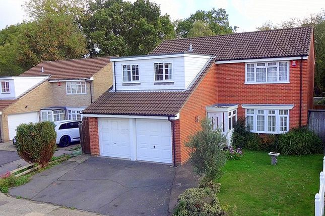 Thumbnail Detached house to rent in Kenmara Close, Crawley