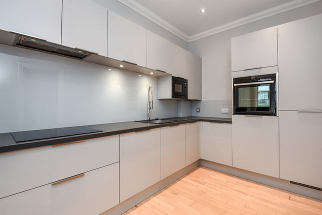 Thumbnail Flat for sale in Chatsworth Road, Croydon
