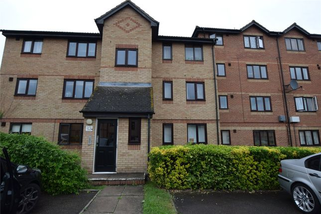 1 bed flat to rent in Chestnut Road, Vange, Basildon SS16