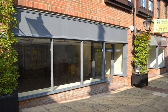 Thumbnail Retail premises to let in Westbrook Walk, Alton