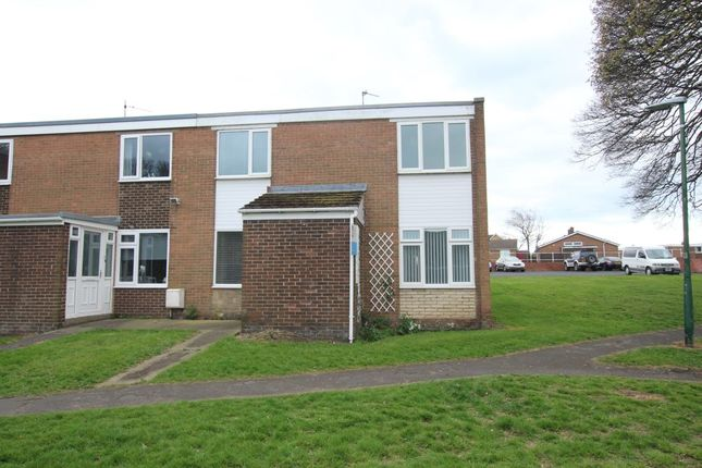 Thumbnail Terraced house for sale in Garesfield Gardens, Burnopfield, Newcastle Upon Tyne