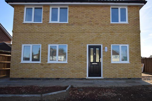 Thumbnail Semi-detached house to rent in Thrapston Road, Brampton, Huntingdon