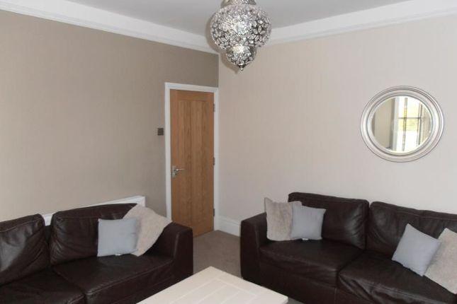 Thumbnail Room to rent in Simonside Terrace, Newcastle Upon Tyne
