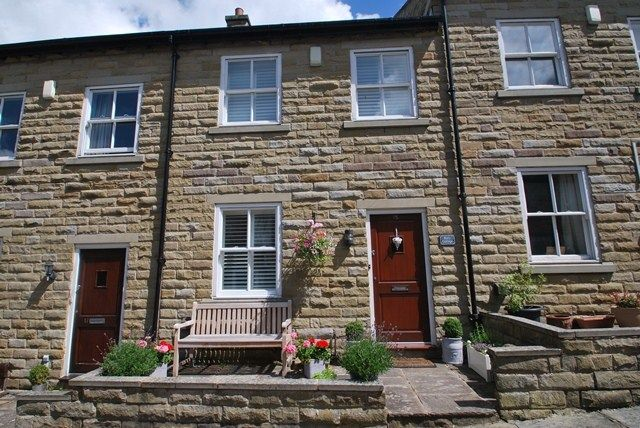 Thumbnail Cottage to rent in Queen Street, Bollington, Macclesfield