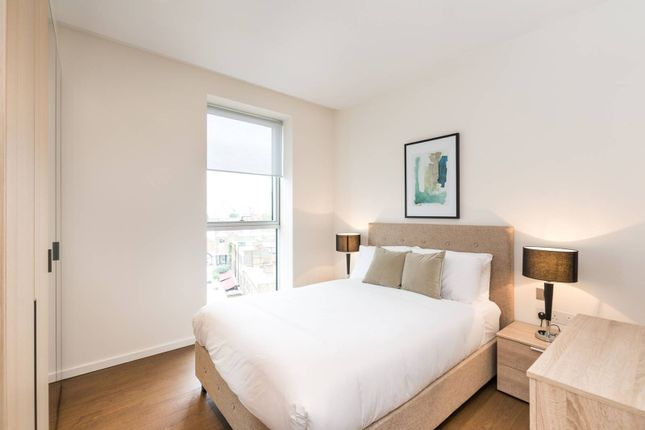 Thumbnail Flat for sale in Lillie Square, Earls Court, London