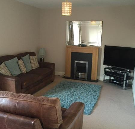 Thumbnail Flat to rent in Catherines Court, Bonnyrigg