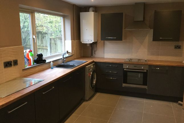 Thumbnail Semi-detached house to rent in Burnside Gardens, Walsall