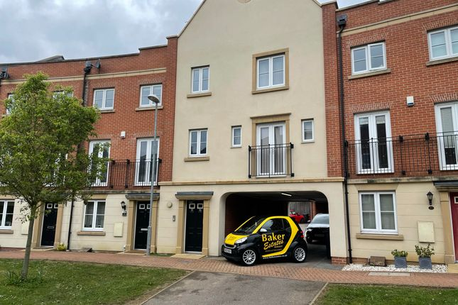 1 bed flat for sale in The Campus, Borders Lane, Loughton IG10