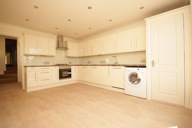 Thumbnail Flat to rent in Whiteford Road, Plymouth