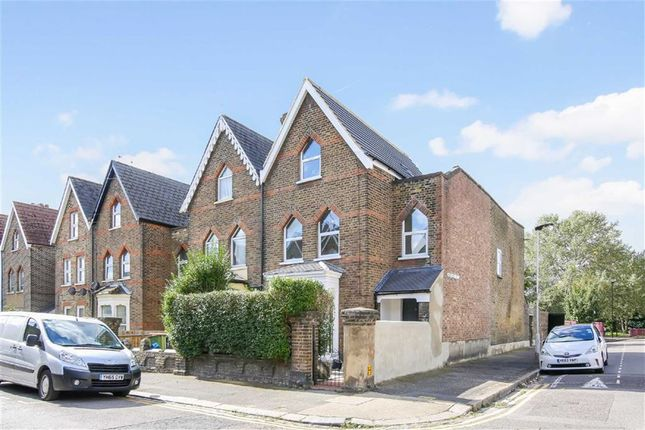 Thumbnail Town house for sale in Plaistow Park Road, London