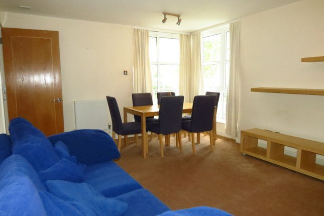 2 bed flat to rent in Barrier Point, London