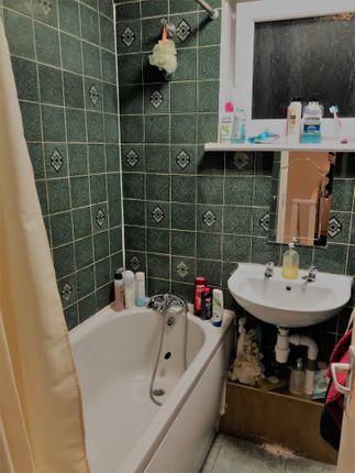 Bathroom of Cambridge Heath Road, Bethnal Green E1