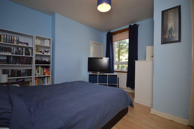 Bedroom of Quarry Place, Sauchie, Alloa, Clackmannanshire FK10
