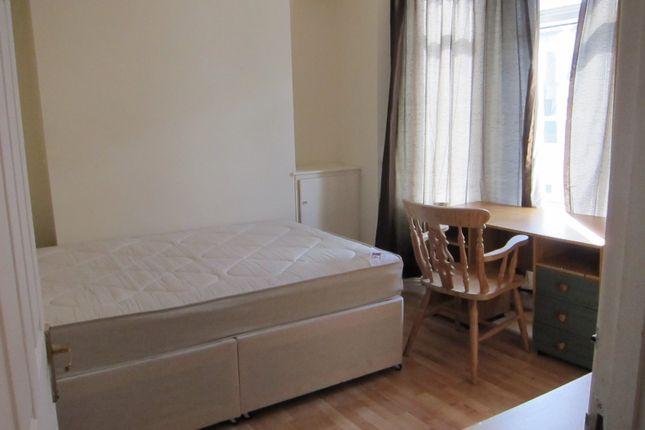 Thumbnail Property to rent in Kingland Terrace, Treforest, Pontypridd