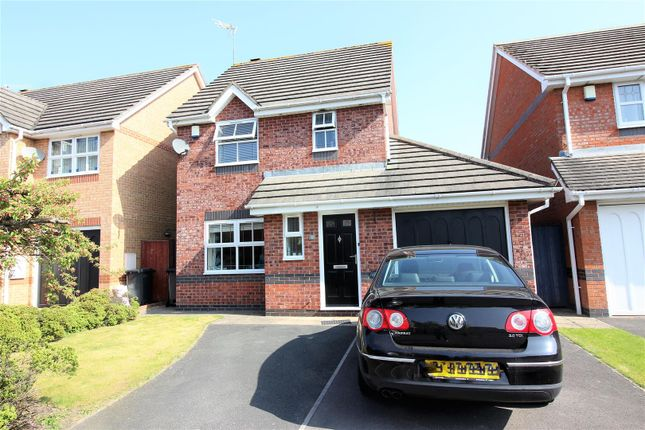 Thumbnail Property for sale in Osterley Road, Swindon