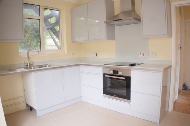 Thumbnail Flat to rent in The Croft, High Barnet, London