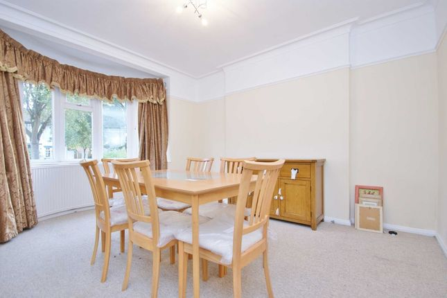 3 bed semi-detached house to rent in Friars Place Lane, London