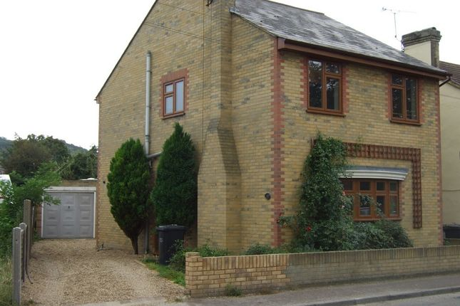Thumbnail Detached house to rent in High Street, Wouldham, Rochester