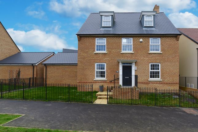 Detached house for sale in Cabot Road, Yeovil