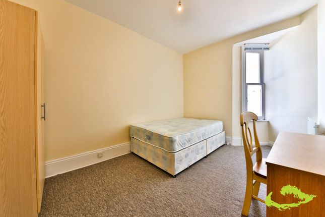 Thumbnail Flat to rent in Powis Road, Brighton, East Sussex